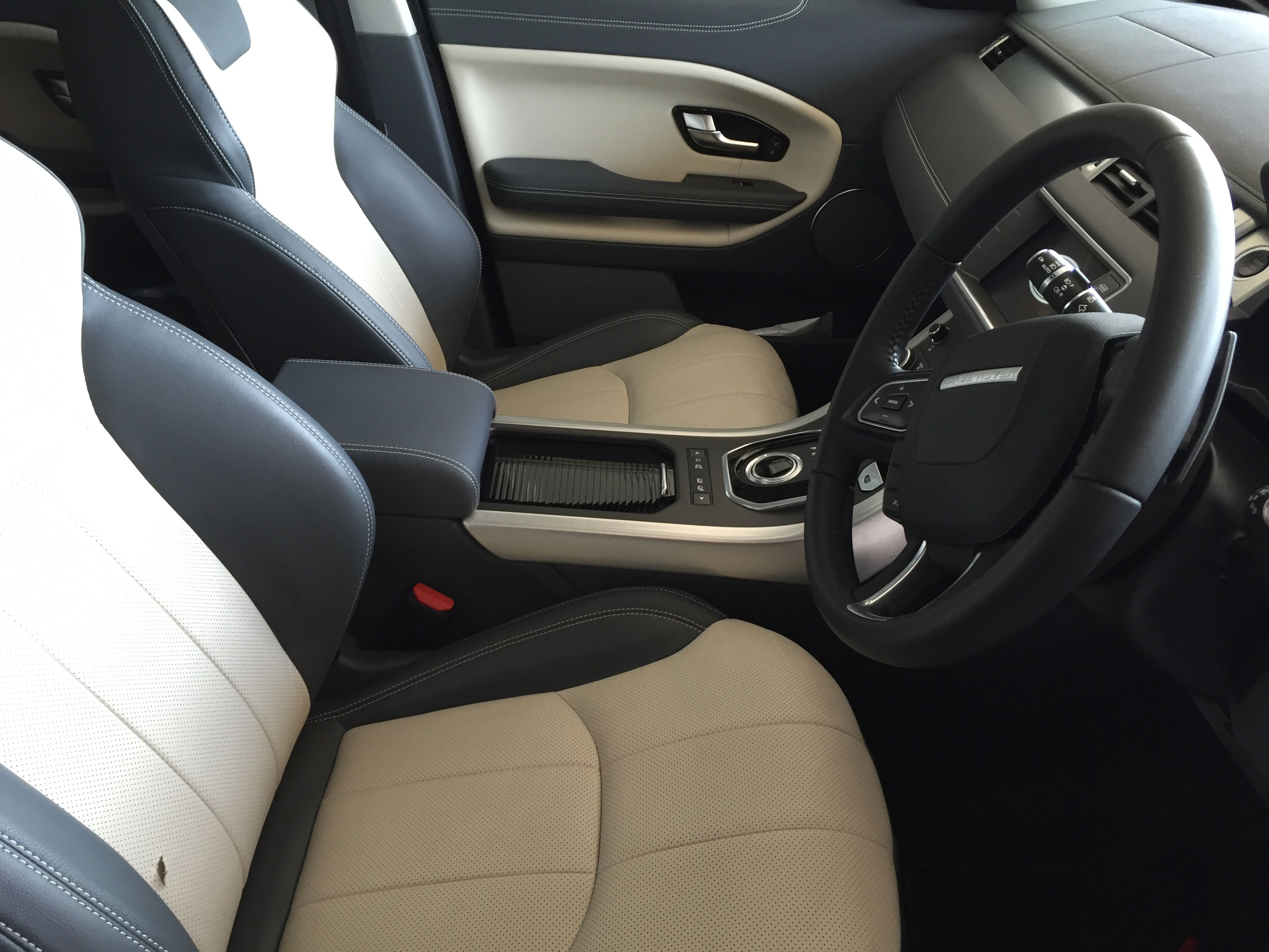 6 month old Range Rover Evoque Leather Damage - before